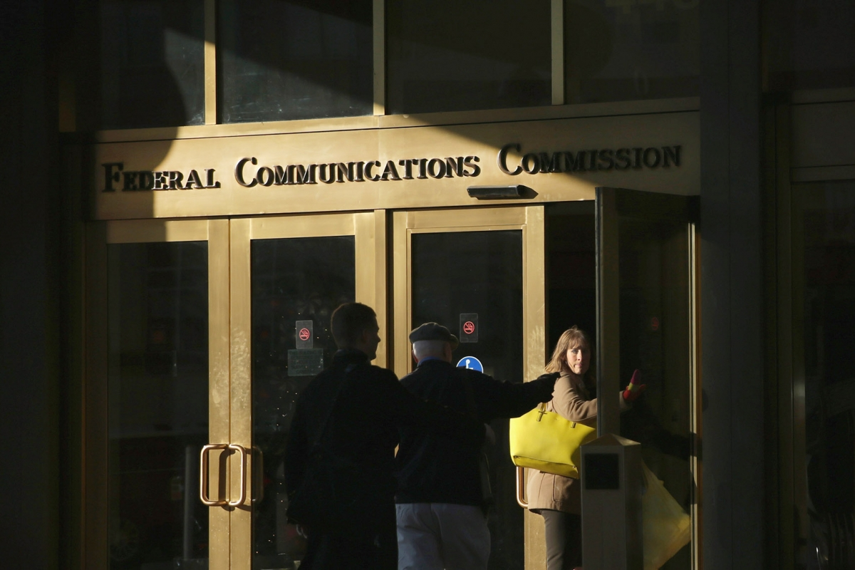 theintercept.com - Sam Biddle - I Spent a Week Trying To Make Internet Providers Answer a Simple Question About Selling Your Data