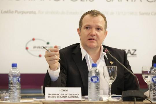 Parte do sucesso de Merísio com as hidrelétricas se deve ao apoio do cunhado Antonio Gavazzoni, antigo secretário estadual da Fazenda de SC.